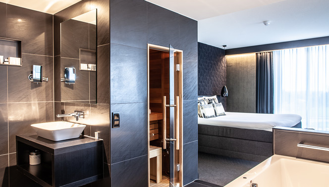 Badkamer Wellness Suite Black
